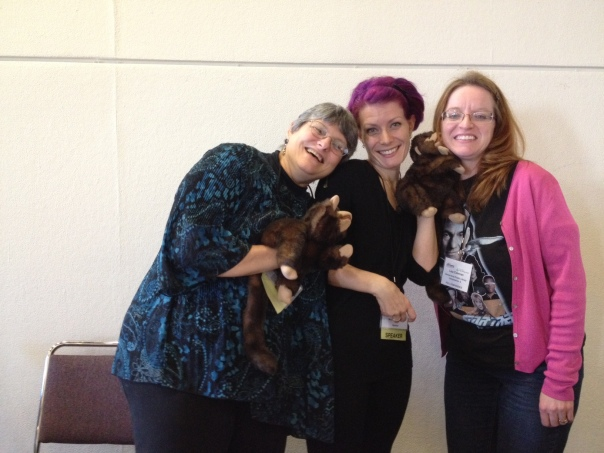 Betsy, Cen & Lisa at Internet Librarian